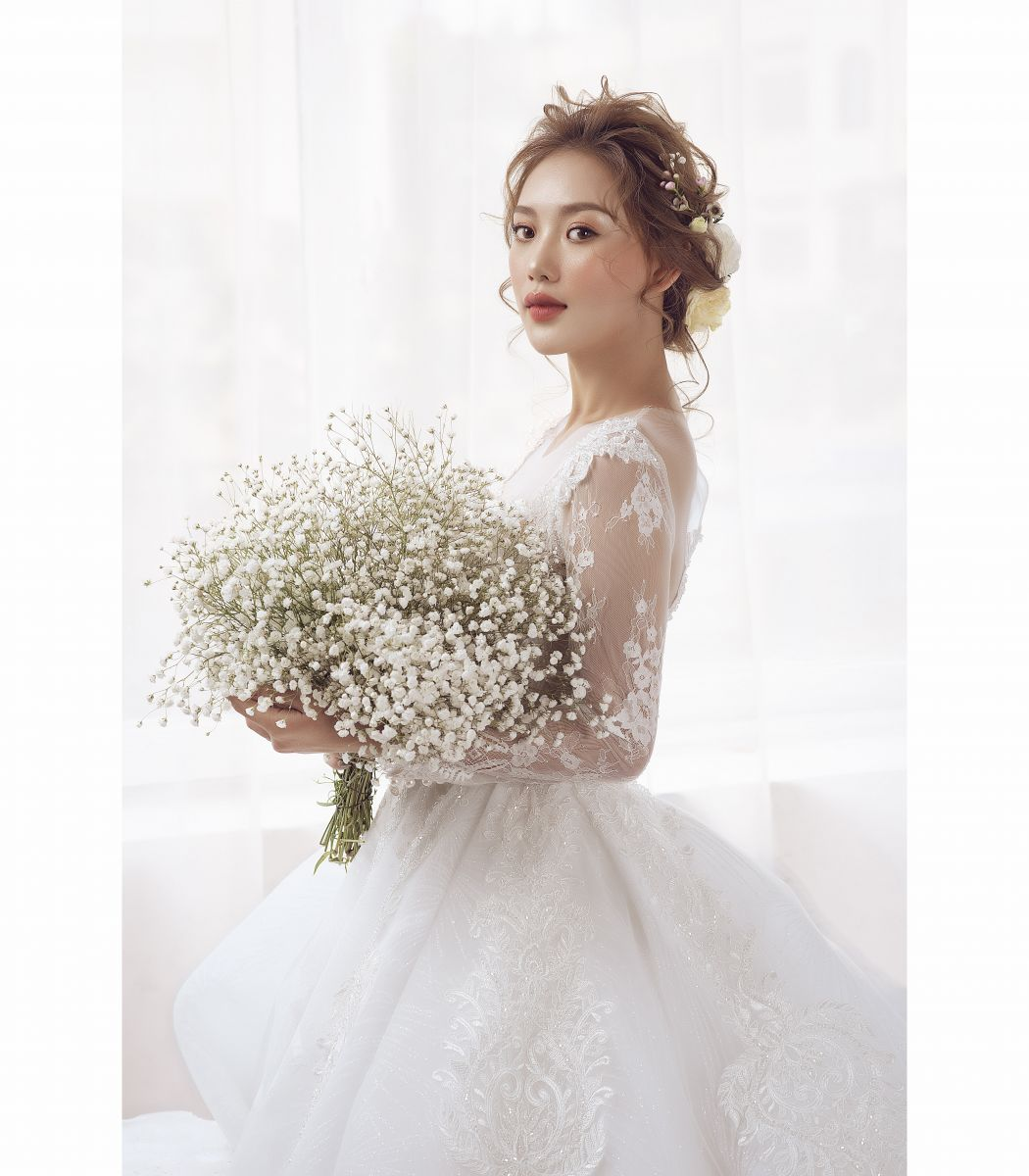 Dreamy Wedding Dress - Váy Xòe Nhũ Tia