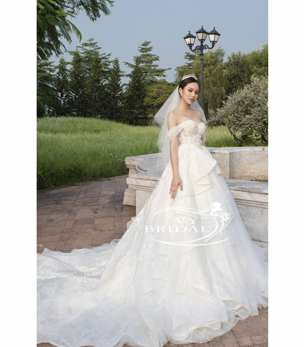 Luxury Wedding Dress - Váy Nhũ Xếp Tầng